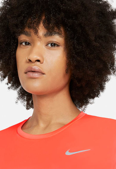 Nike Tricou cu tehnologie Dri-Fit, pentru alergare Miler Femei