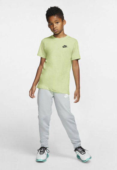 Nike Tricou cu decolteu la baza gatului si logo discret Sportswear Baieti
