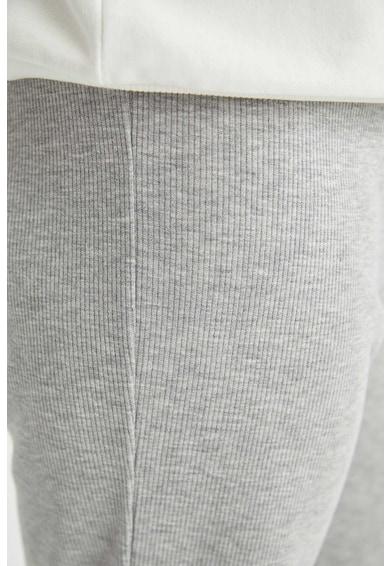 DeFacto Pantaloni sport relaxed fit Femei