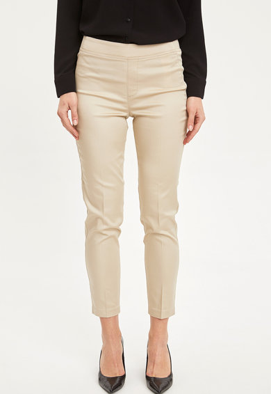 DeFacto Pantaloni crop slim fit Femei