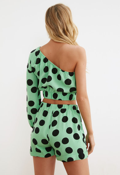 Trendyol Set de bluza crop cu imprimeu cu buline si pantaloni scurti - 2 piese Femei