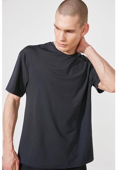 Trendyol Tricou cu decolteu la baza gatului Barbati