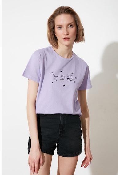 Trendyol Tricou cu decolteu la baza gatului si detalii brodate Femei