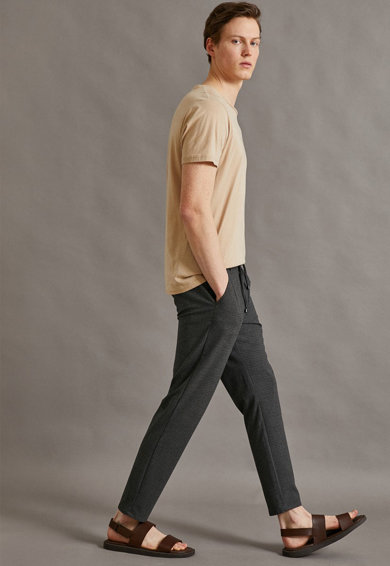KOTON Pantaloni cu insertie elastica in talie Barbati