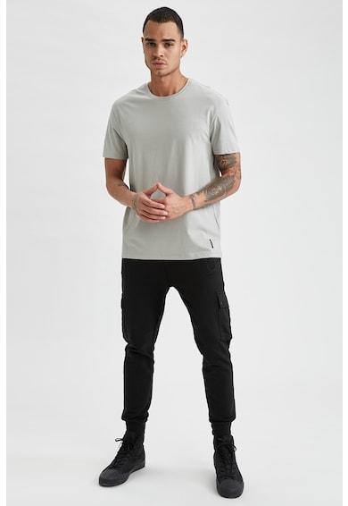 DeFacto Pantaloni sport slim fit cu buzunare multiple Barbati