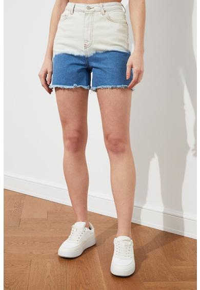Trendyol Pantaloni scurti din denim in doua nuante Femei