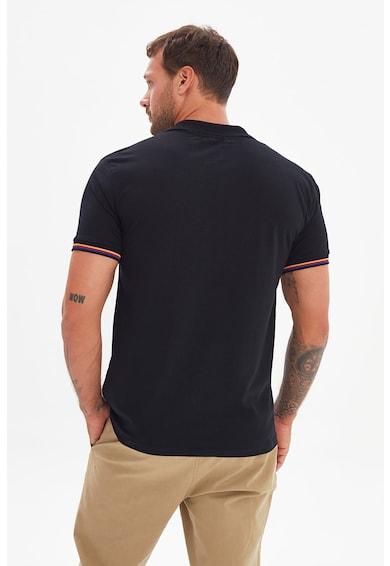 Trendyol Tricou polo regular fit cu detalii contrastante Barbati