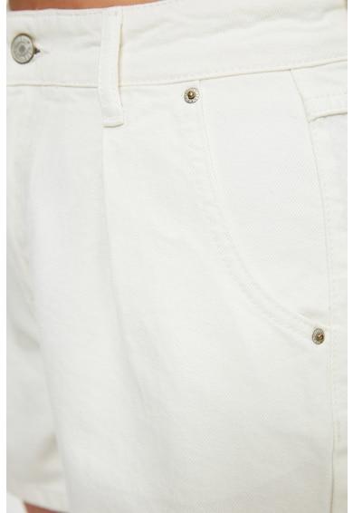 Trendyol Pantaloni scurti din denim si bumbac organic Femei