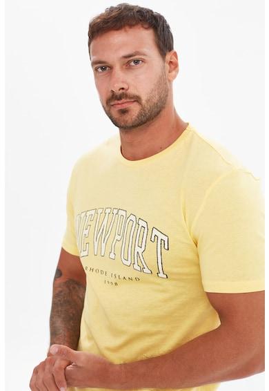 Trendyol Tricou slim fit cu imprimeu text Barbati