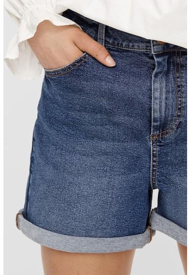 Pieces Pantaloni scurti din denim cu terminatii rulate Femei