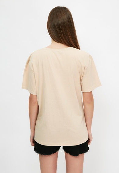Trendyol Памучна тениска с овално деколте Жени