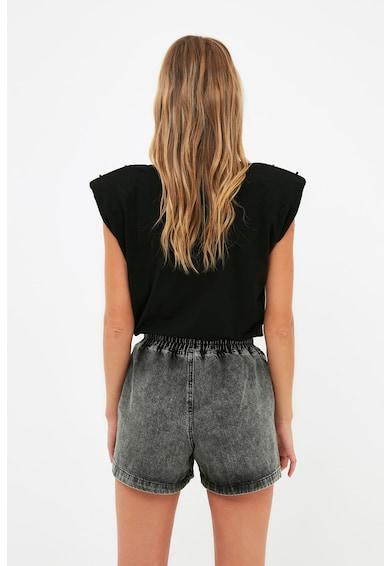 Trendyol Pantaloni scurti din denim cu slituri laterale Femei