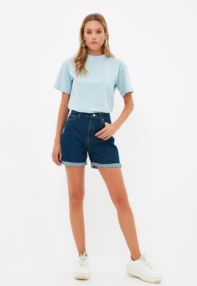 Trendyol Pantaloni scurti din denim cu talie inalta Femei