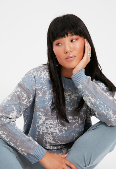 Trendyol Pulover lejer cu model abstract Femei