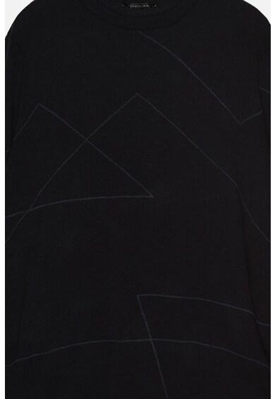 Trendyol Pulover slim fit cu decolteu la baza gatului si garnituri contrastante Barbati