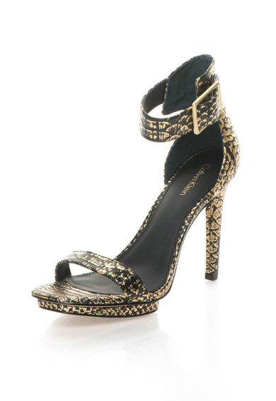 Calvin Klein Кожени сандали с шагрен Жени