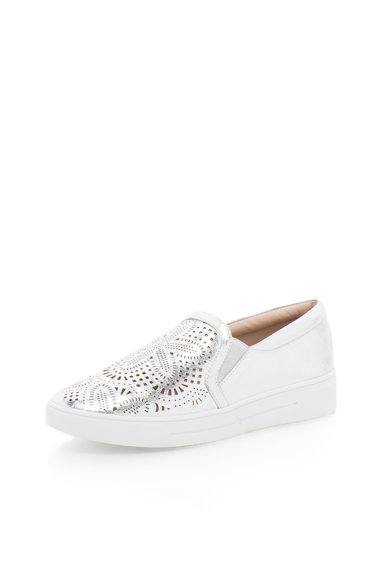 Buffalo Сребристи обувки с отвори без връзки Жени