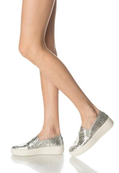 Steve Madden Pantofi slip-on flatform argintii cu particule stralucitoare Femei