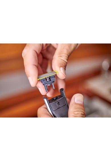 Philips Електрическа самобръсначка  OneBlade Pro QP6520/20, Хибриден уред за подстригване/оформяне/бръснене на брада, Батерия Мъже
