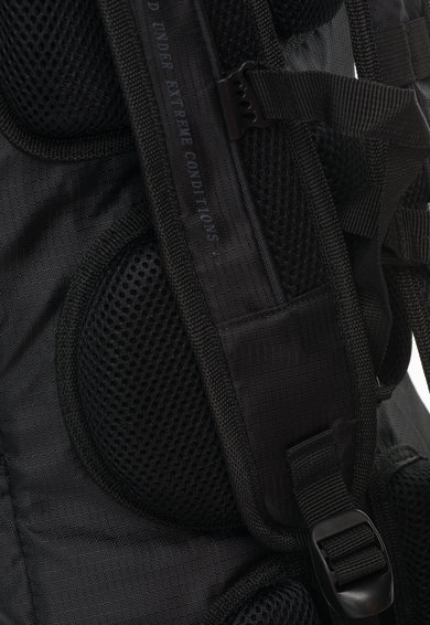 Northland Unisex Ultralight Fekete&Piros Hátizsák Hálós Anyagú Zsebekkel férfi