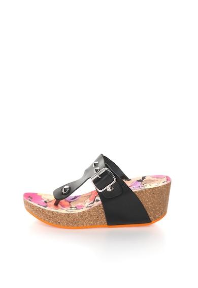 Oakoui Черни кожеи чехли на скосена платформа Жени