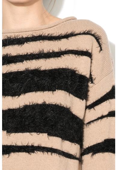 Marella Pulover cu decolteu rotund cu detalii pufoase Zelia Femei