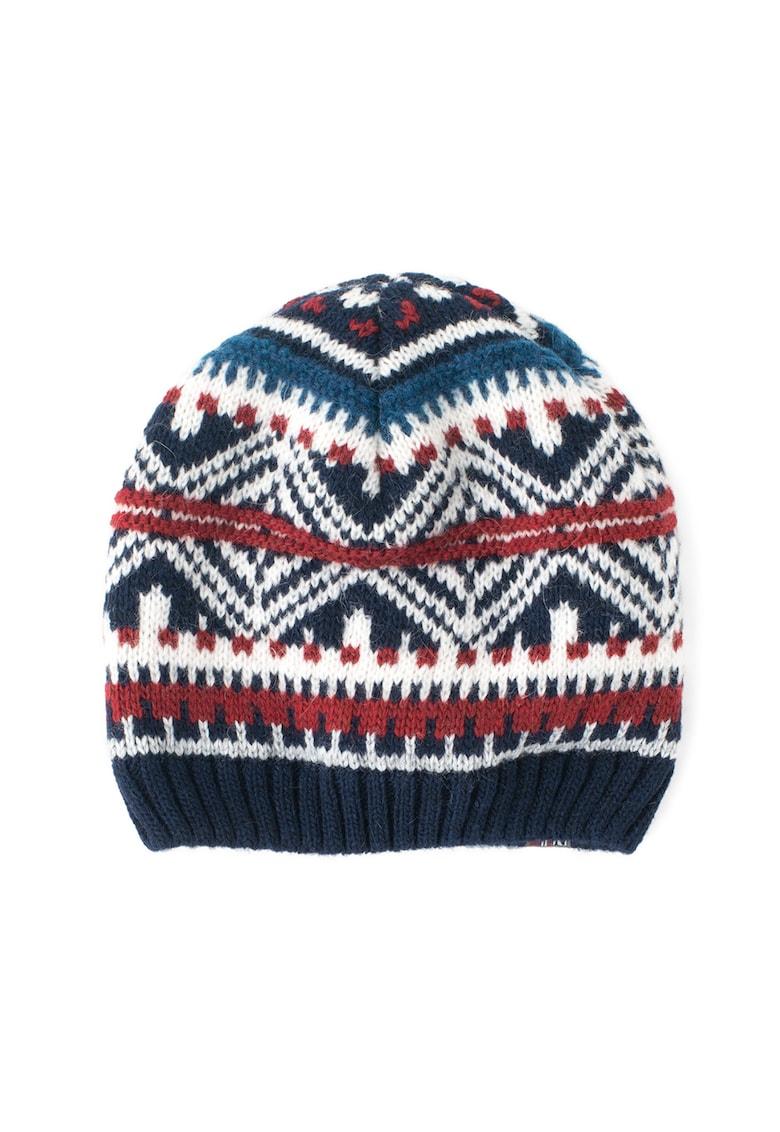 Caciula tricotata cu model