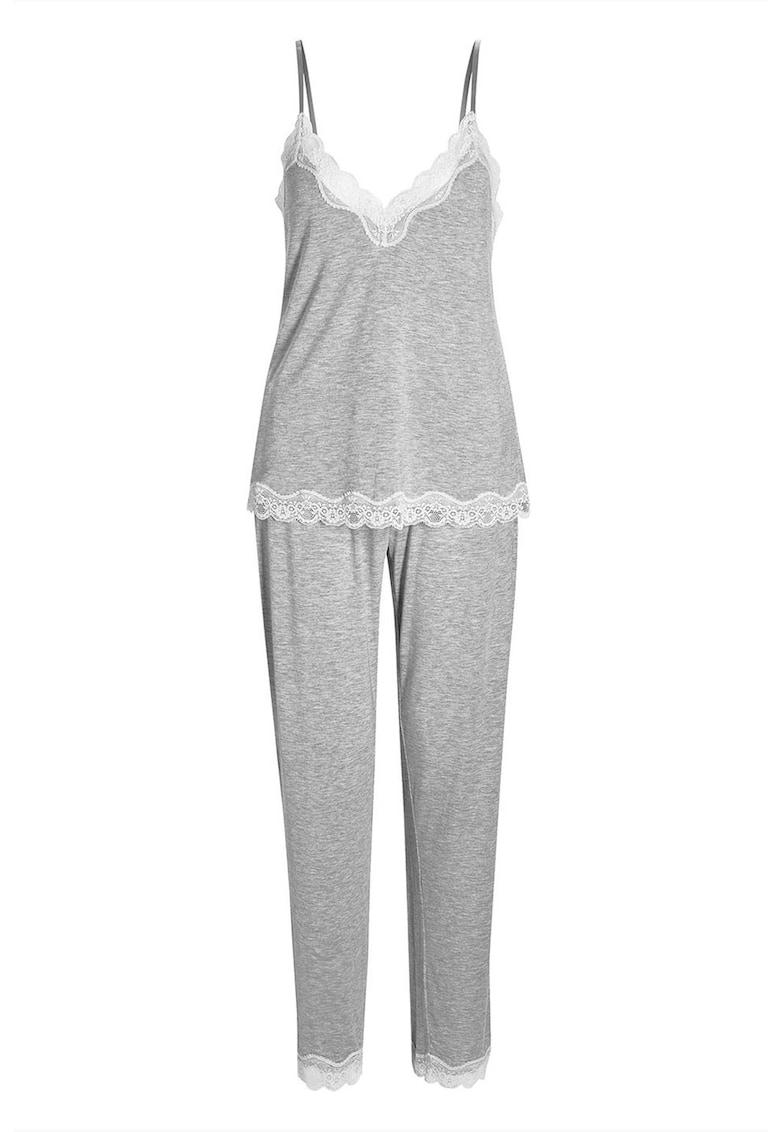 Pijama din modal cu insertii de dantela