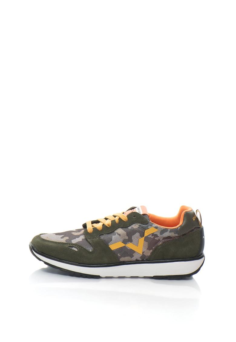 Pantofi sport cu imprimeu camuflaj RV
