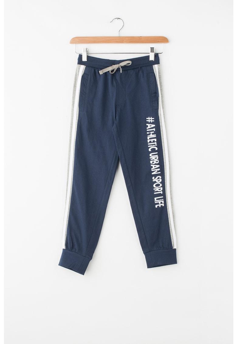 Pantaloni sport cu talie elastica si garnituri tubulare laterale de la Zee Lane Kids