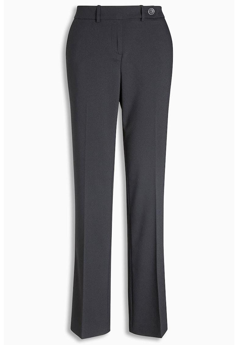 Pantaloni cu pliuri thumbnail