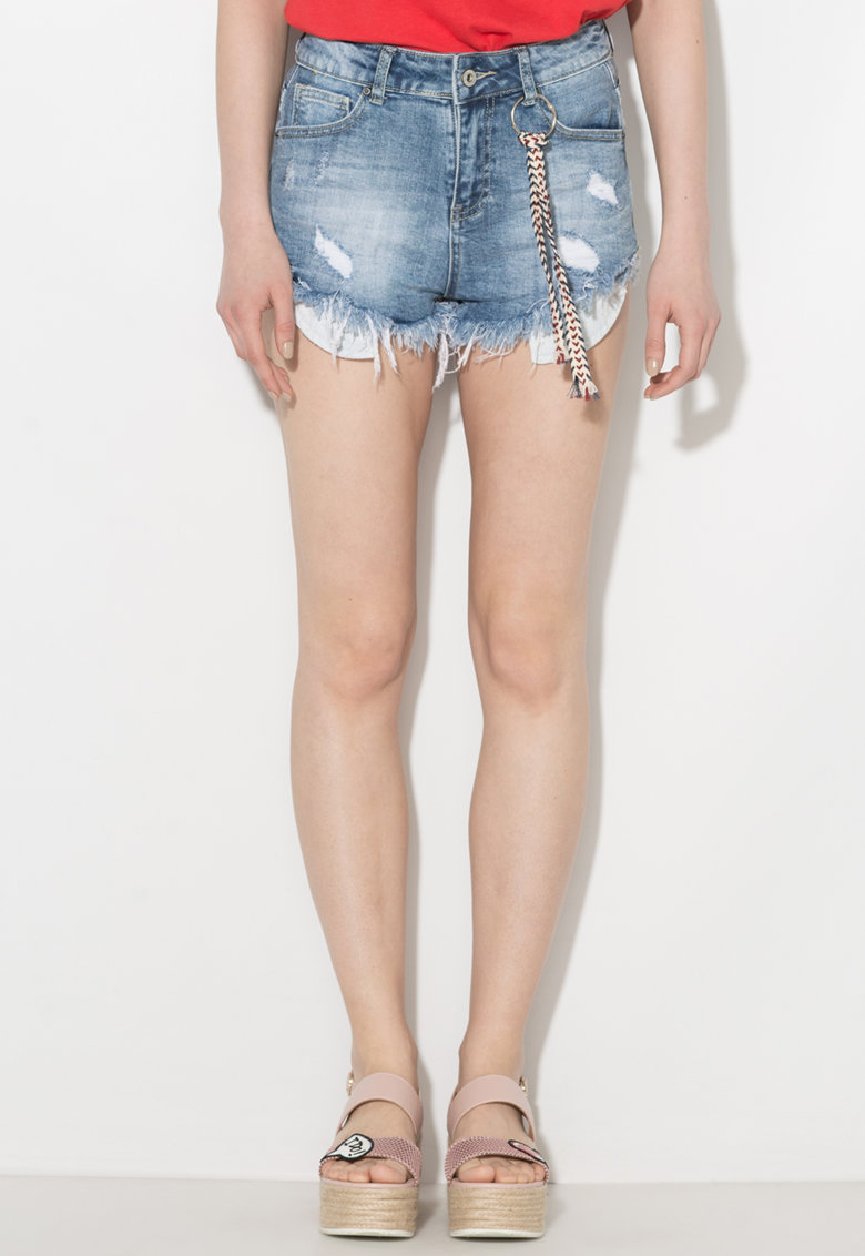 Pantaloni scurti din denim cu terminatii franjurate si rupturi decorative de la Zee Lane Denim