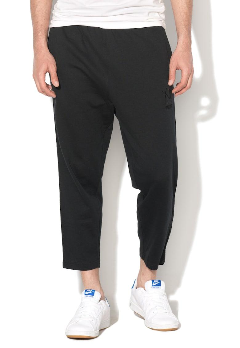 Pantaloni sport cu detaliu cu motiv traditional Puma x XO