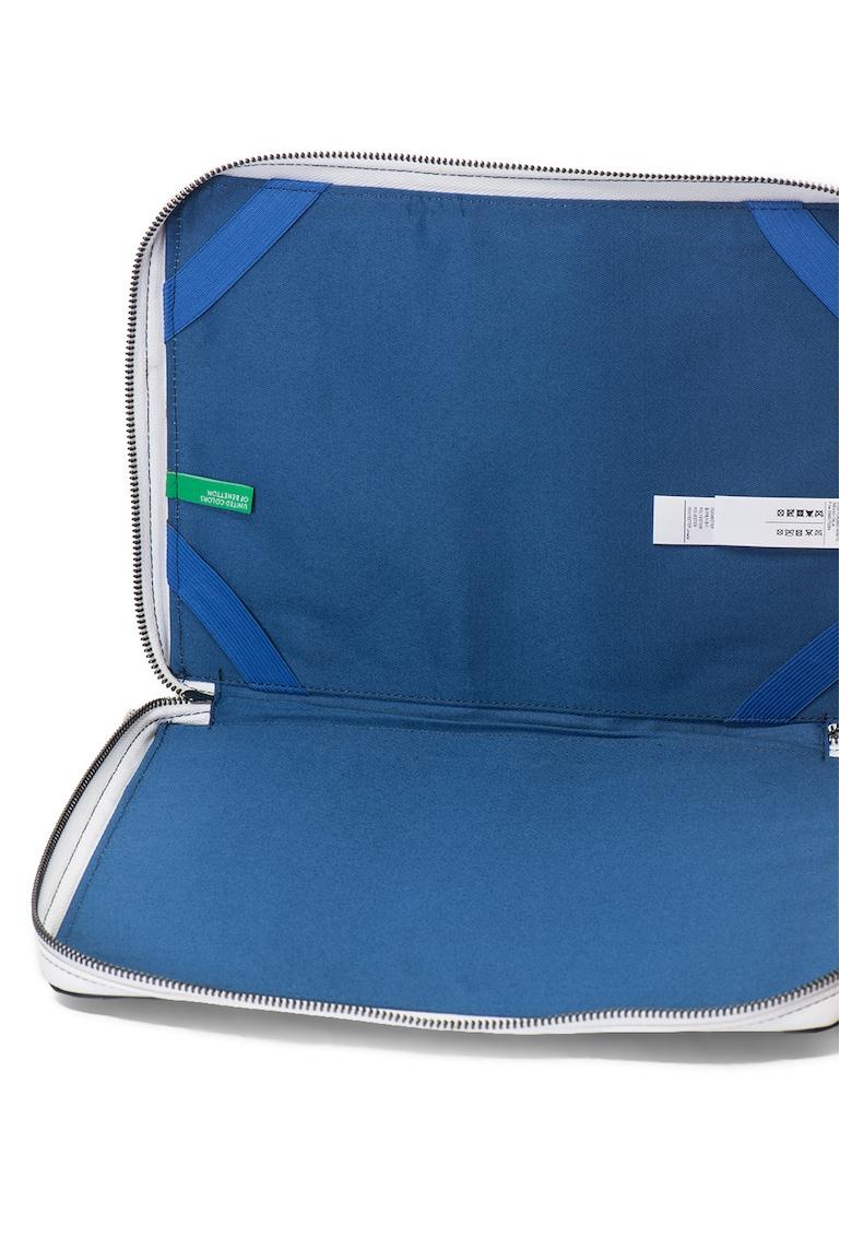 Husa de piele sintetica cu fermoar pentru tableta de la United Colors of Benetton
