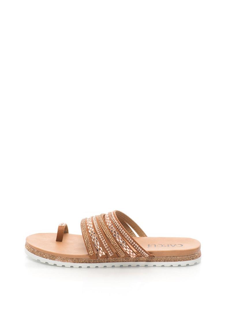 Papuci cu decoratiuni si bareta separatoare imagine fashiondays.ro
