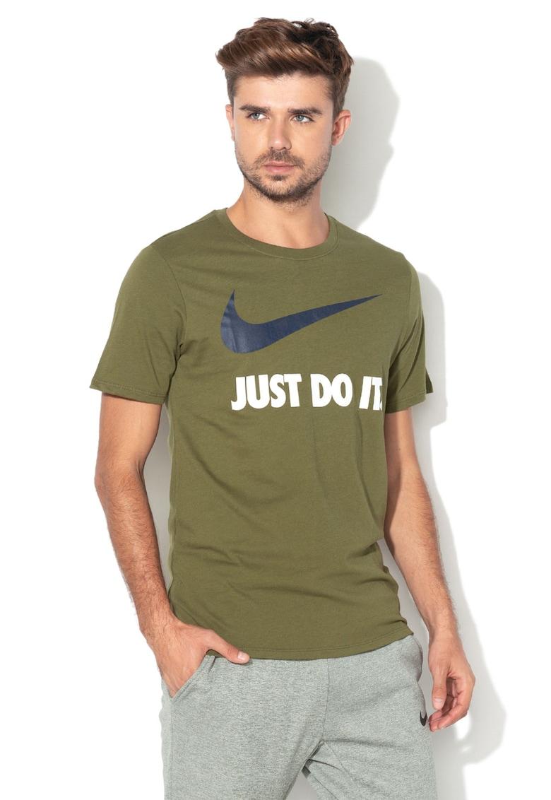 Tricou sport cu imprimeu logo cauciucat de la Nike