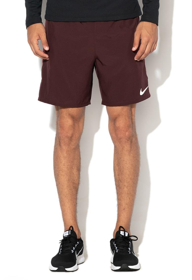 Bermude pentru alergare Dri-Fit de la Nike