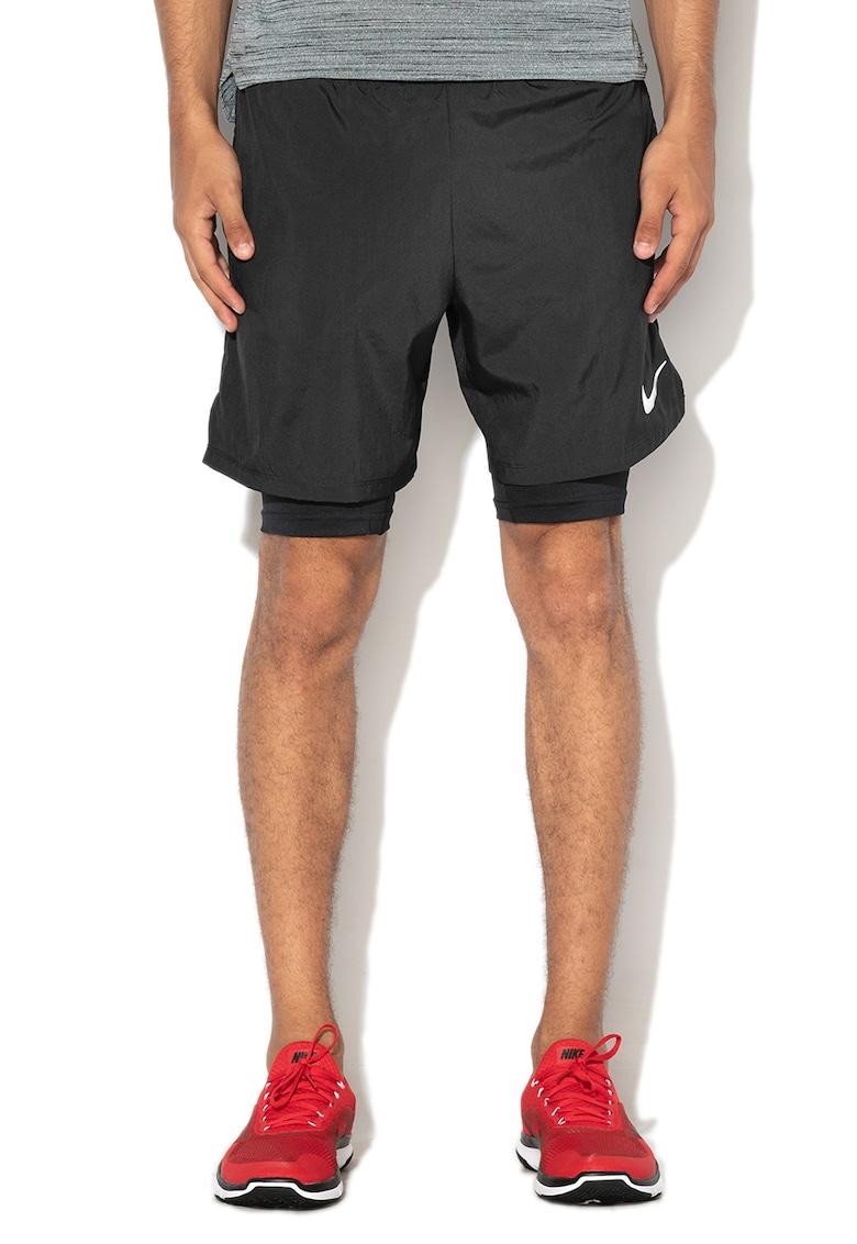 Pantaloni scurti cu colanti integrati – pentru alergare de la Nike