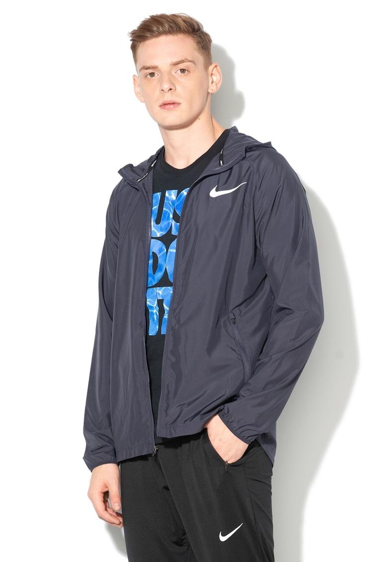 Jacheta sport impermeabilla cu gluga de la Nike