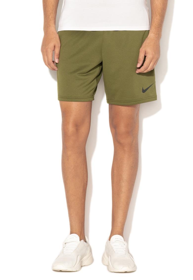 Pantaloni scurti pentru fitness cu banda elastica in talie Dri-Fit de la Nike