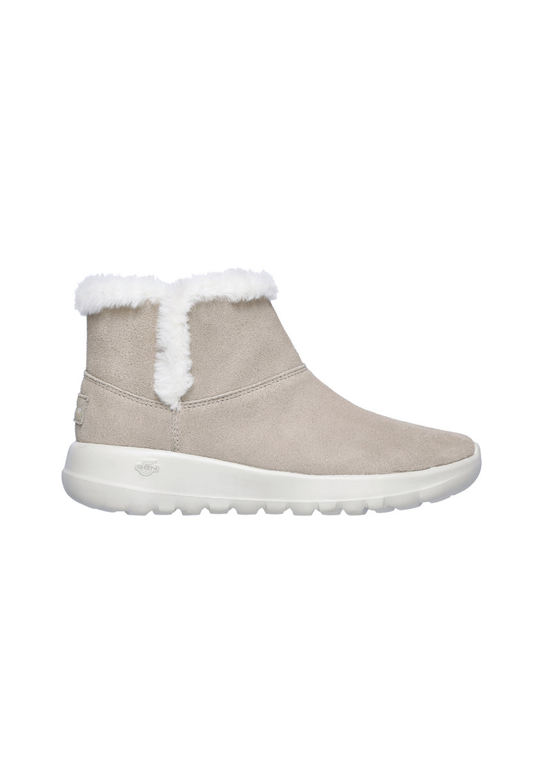 Ghete slip on de piele intoarsa cu o captuseala din material teddy On The Go Joy de la Skechers