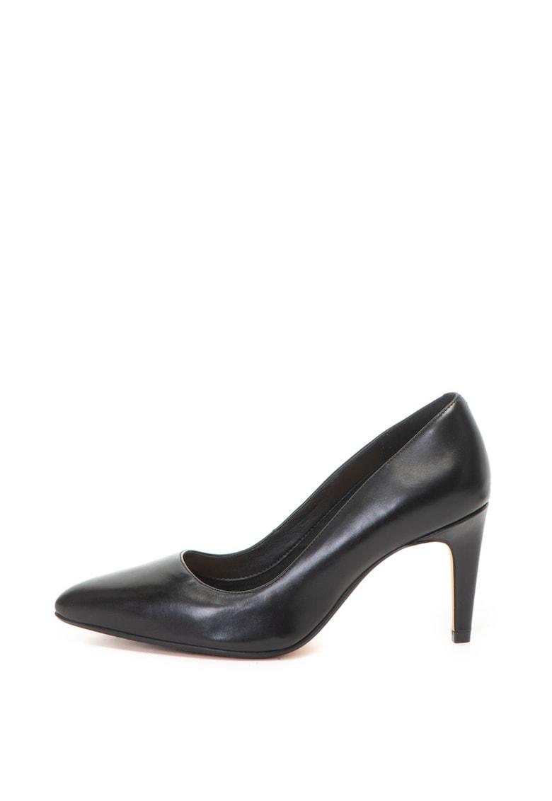 Clarks Pantofi cu varf ascutit – de piele Laina Rae
