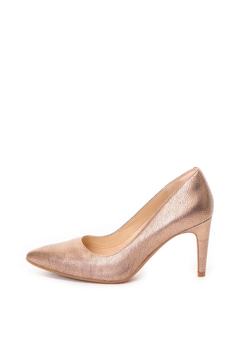 Pantofi cu varf ascutit – de piele cu aspect metalizat Laina Rae de la Clarks