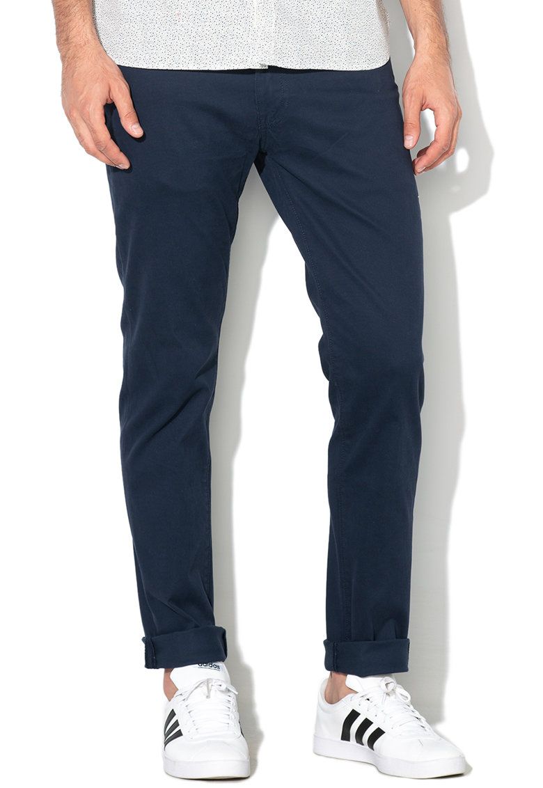 Levis Pantaloni slim fit de reiat