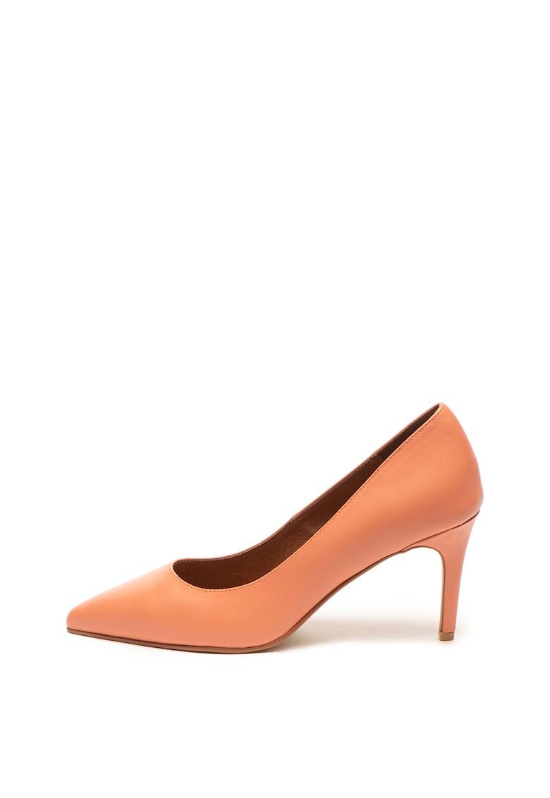 Pantofi de piele cu varf ascutit de la Zee Lane