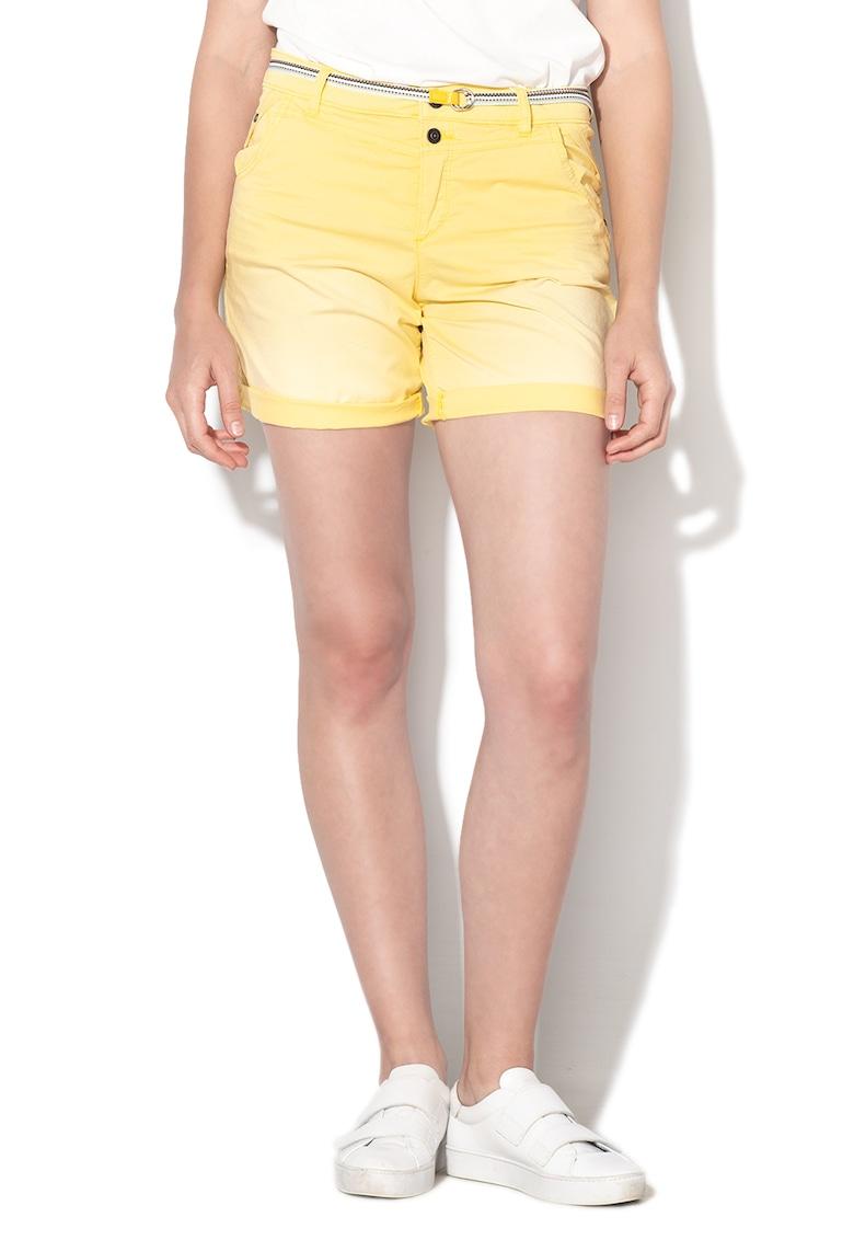 Pantaloni scurti cu o curea din material textil de la EDC by Esprit