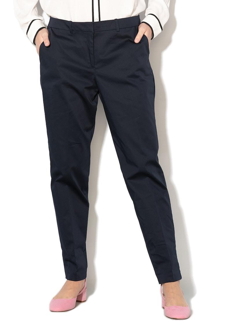 Pantaloni chino cu pensa