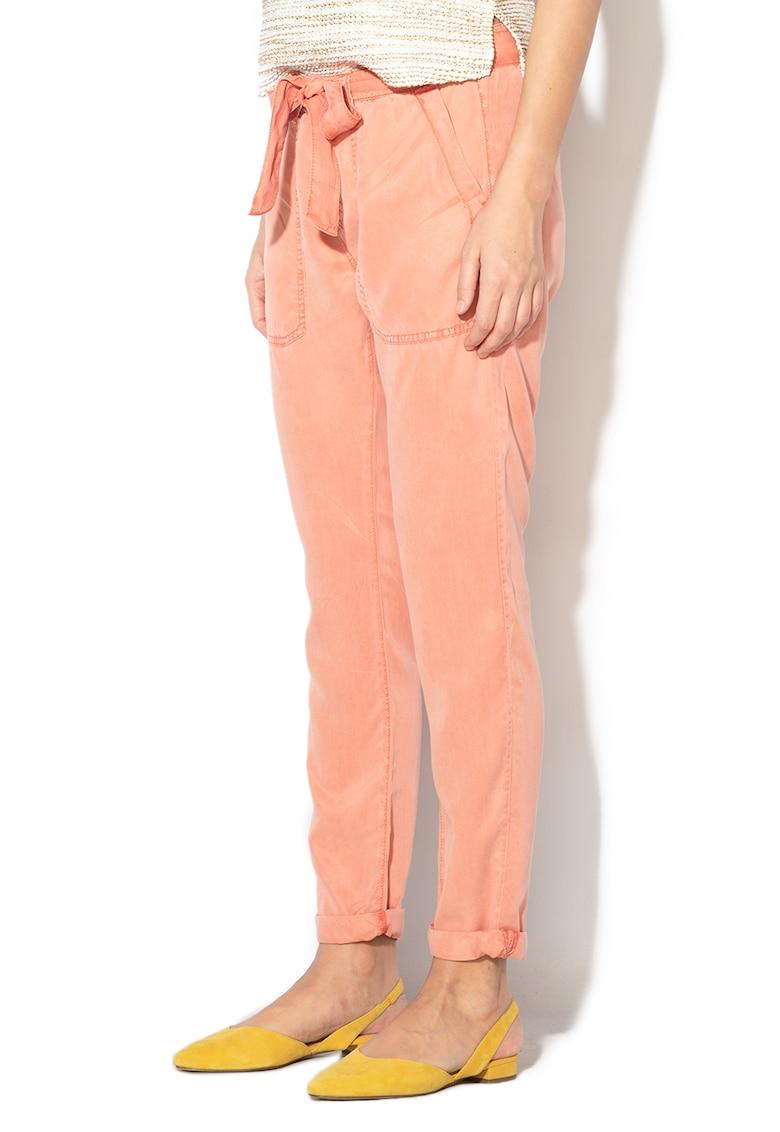 Pantaloni cu croiala conica Drifter de la Pepe Jeans London