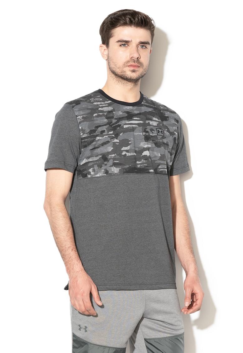 Tricou lejer cu imprimeu camuflaj – pentru fitness de la Under Armour