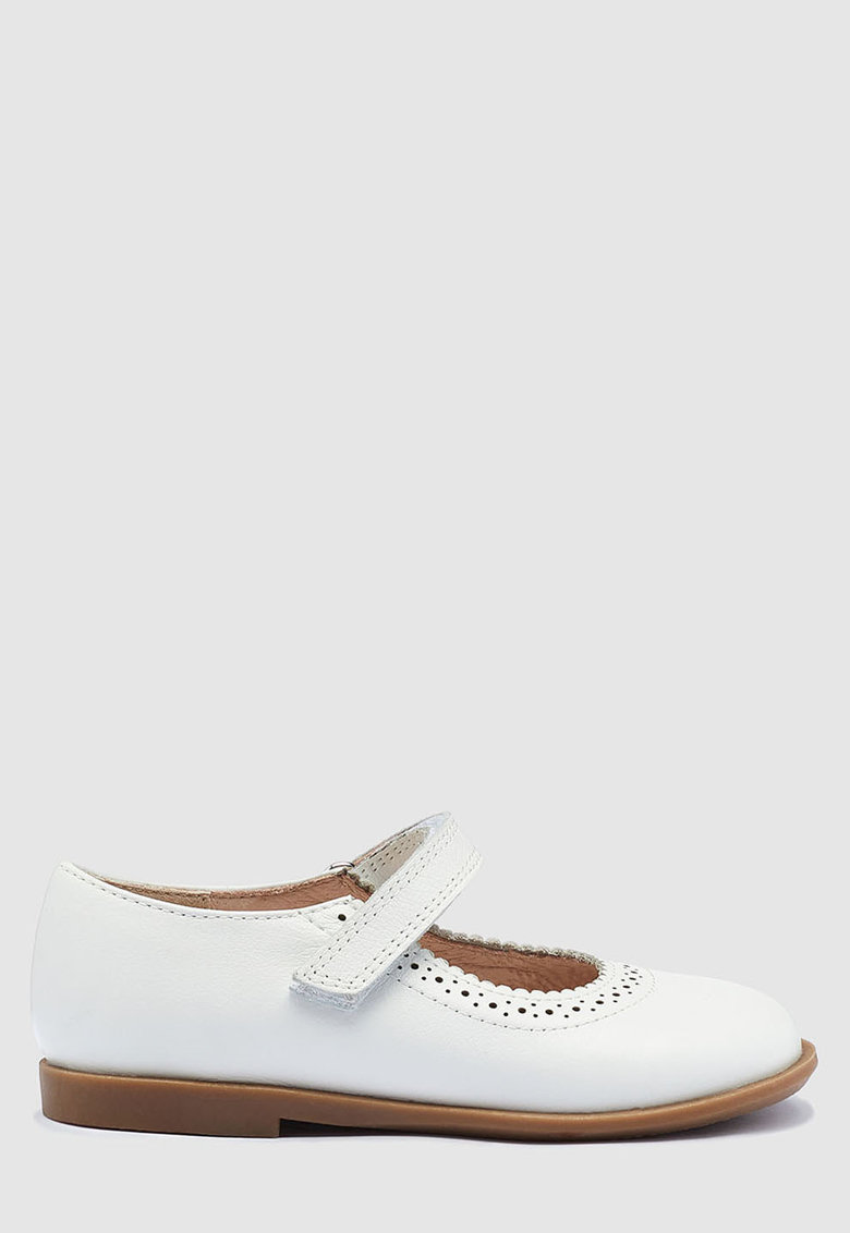 Pantofi Mary Jane. de piele